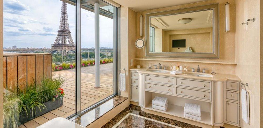 Πολυτελές μπάνιο στο Shangri La Hotel