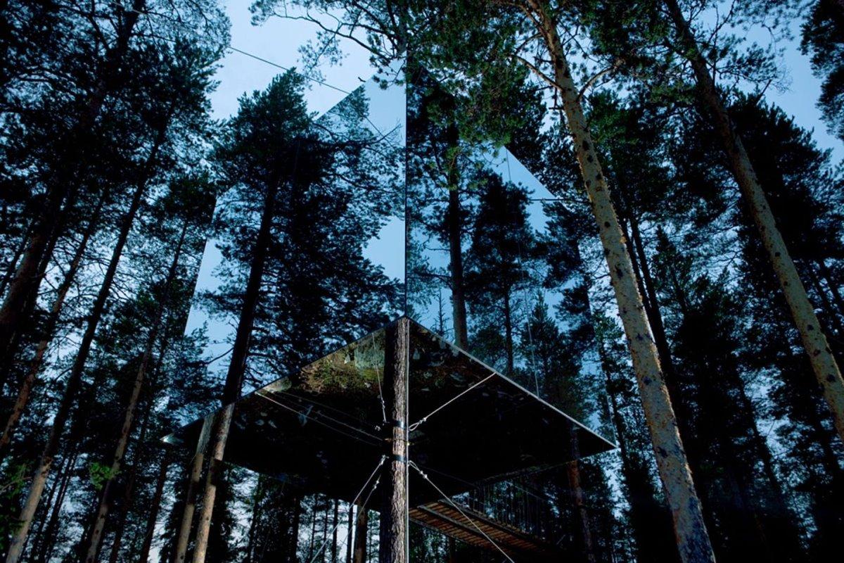 Tree Hotel  μέσα στο δάσος