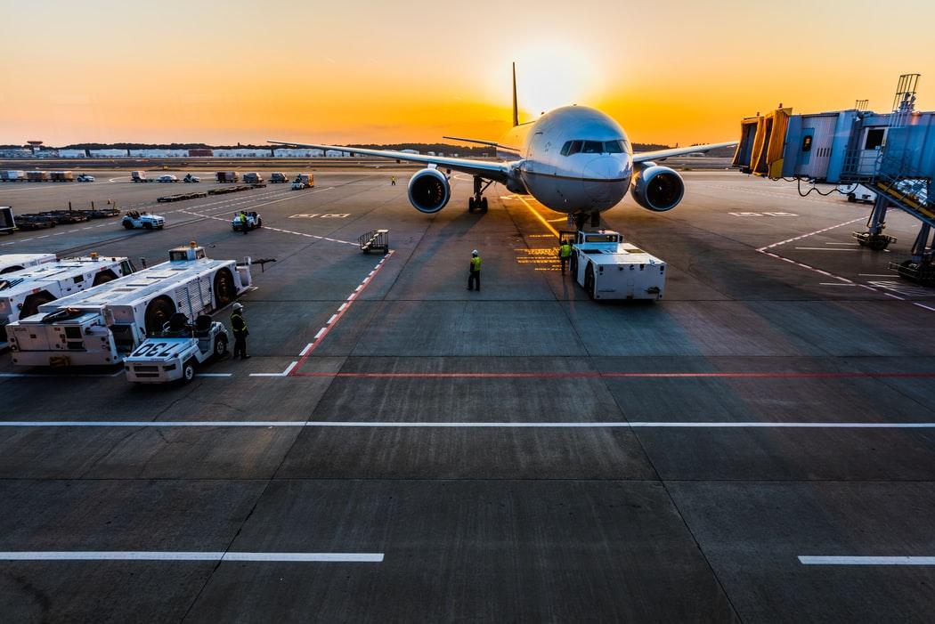 Αεροπλάνο σε διάδρομο