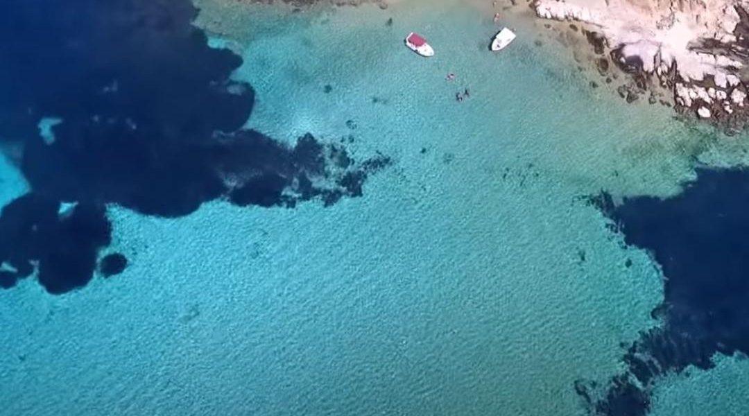 1+1: Παραλίες σκέτη μαγεία στην Χαλκιδική – εντελώς διαφορετικές (φωτο & video)