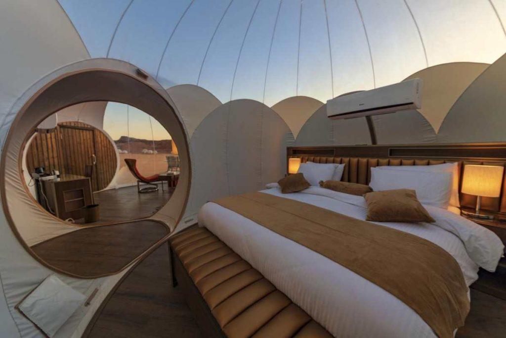Bubble Luxotel, πανοραμική κρεβάτι