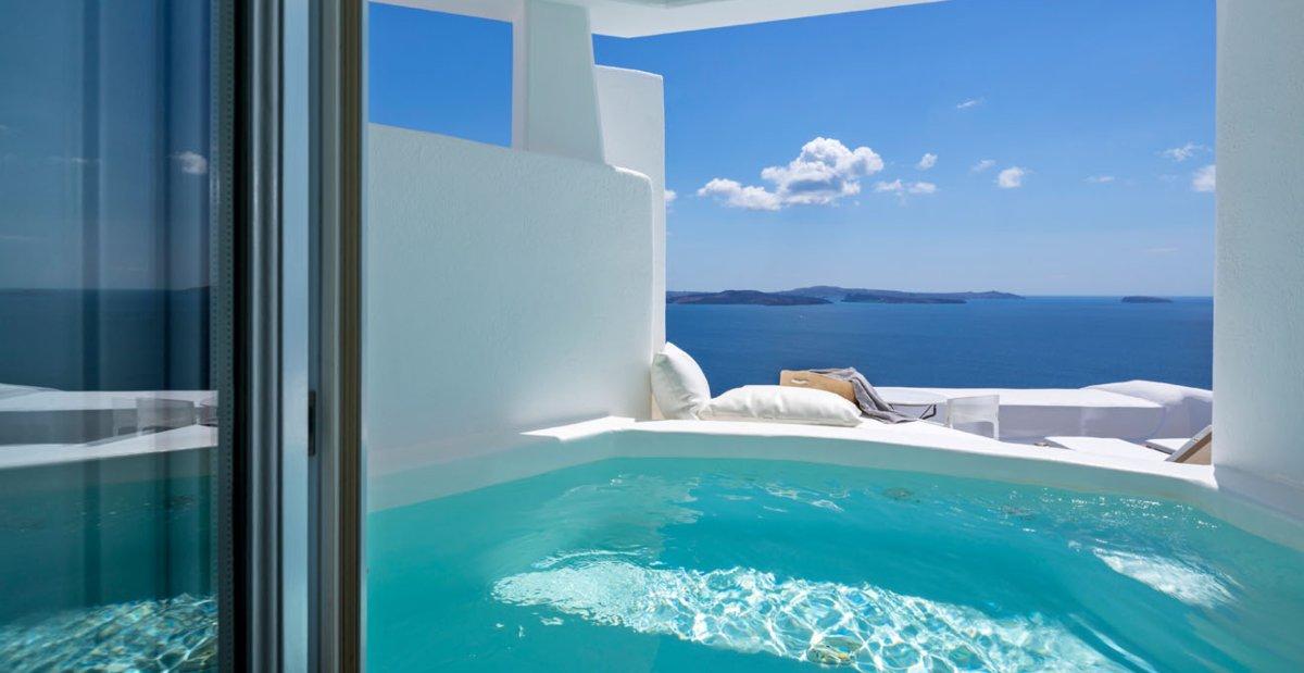 Top 55: Τα κορυφαία ξενοδοχεία στην Ελλάδα για οικογένειες, all inclusive, θέα, διαμονή…