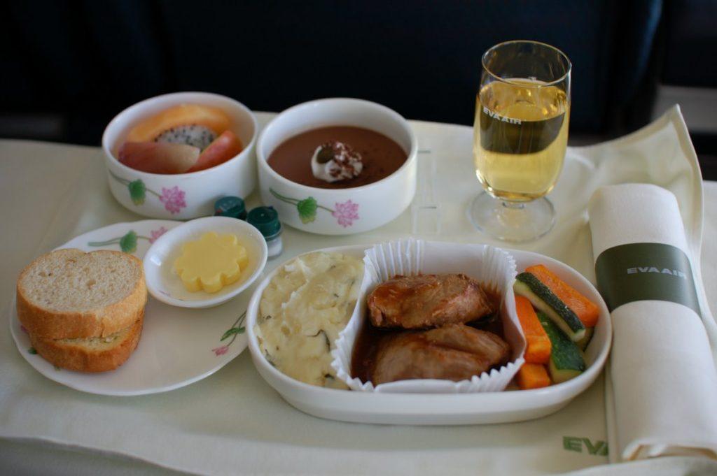 Η EVA Air προσφέρει υπέροχο φαγητό στο αεροπλάνο