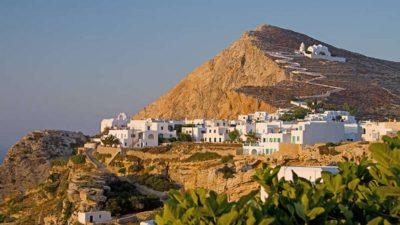 Ποια ελληνικά νησιά προτείνουν στους αναγνώστες τους τα ξένα sites για φέτος