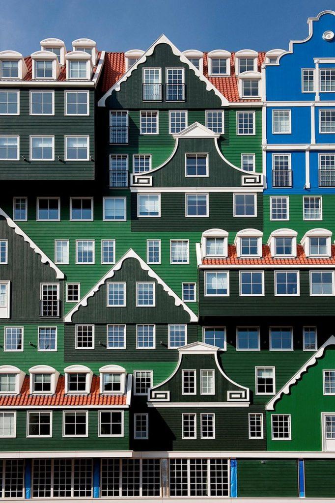 Το εντυπωσιακό εξωτερικό του Inntel Zaandam