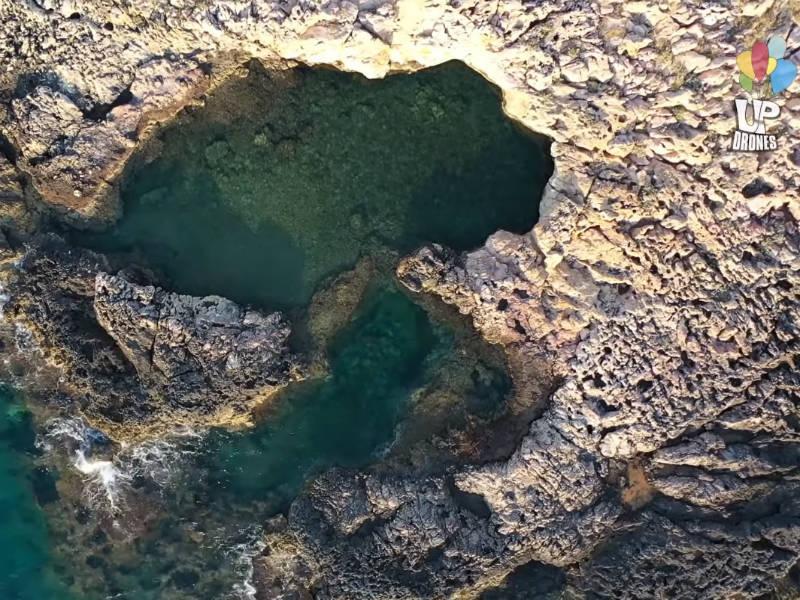 Νησάκι στην Κακιά Θάλασσα