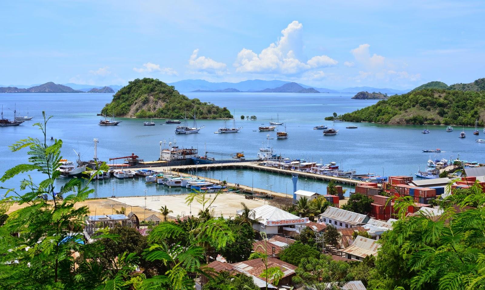 Το λιμάνι στο Labuan Bajo