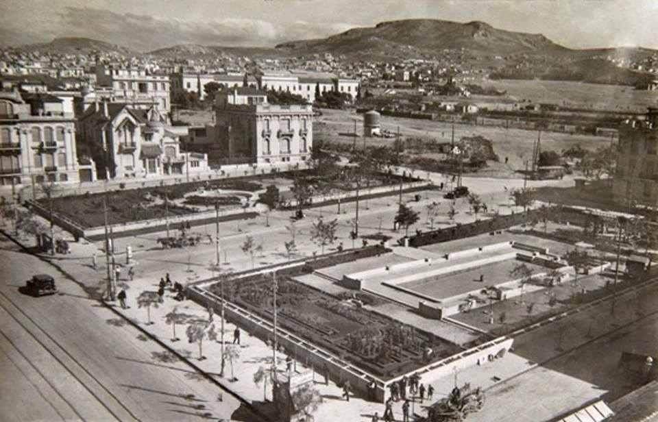 Παλιά πισίνα στην Πατησίων