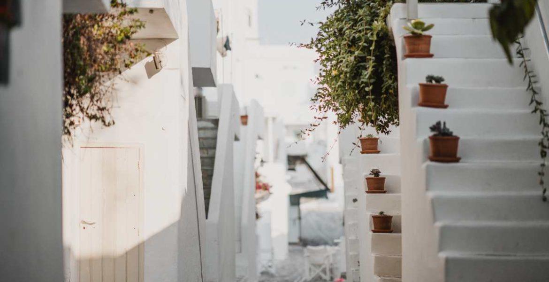 Πάρος, λευκά σκαλιά