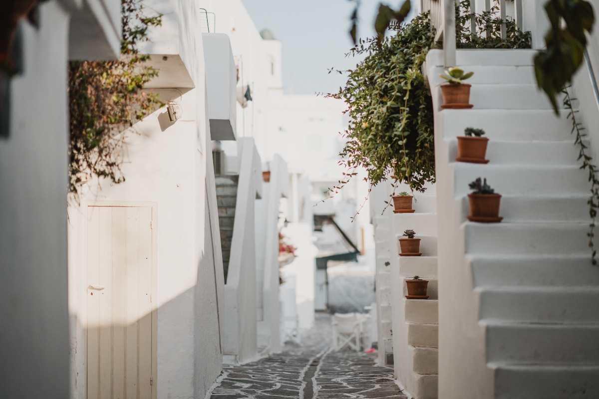 10+5 λόγοι για να λατρέψετε φέτος την Πάρο γράφει ο Τάσος Δούσης