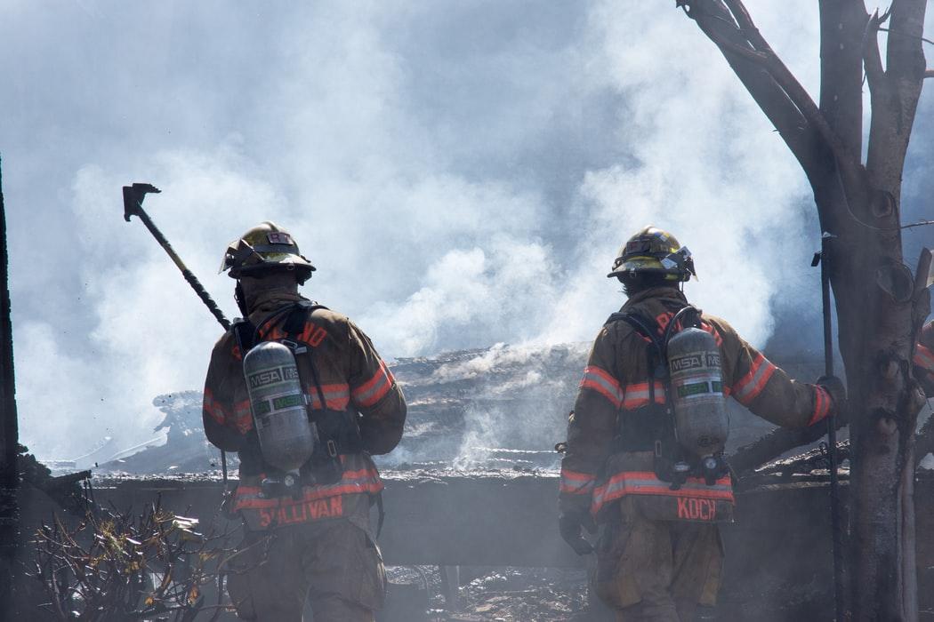 Πυροσβέστες στην Αμερική