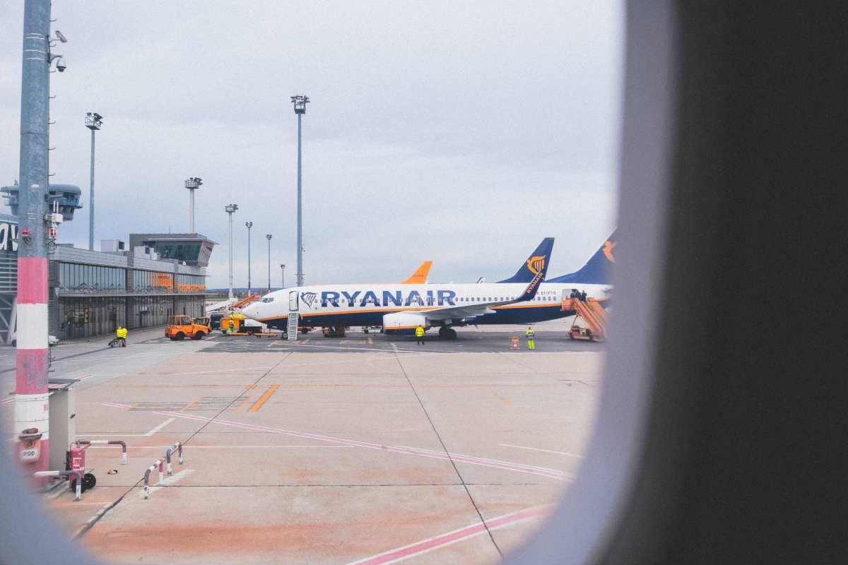 Ryanair-Αθήνα: Ανακοινώθηκε ειδική προσφορά για 14 προορισμούς από 18,99