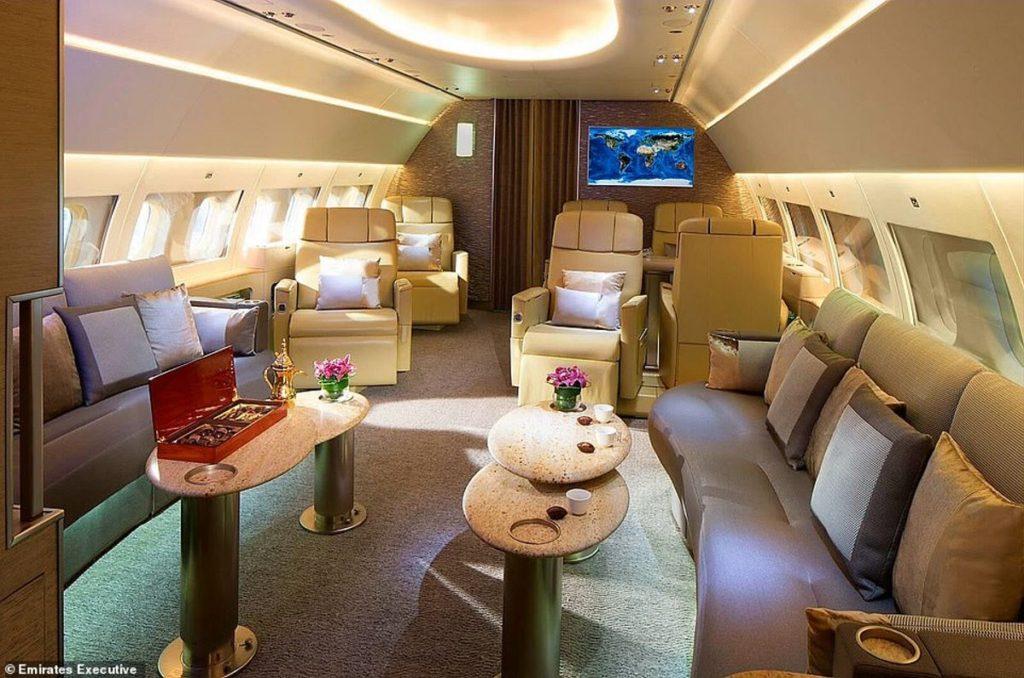Το καλύτερο σαφάρι του κόσμου κοστίζει 110.000 ευρώ και οι επιβάτες πετούν με ιδιωτικό τζετ