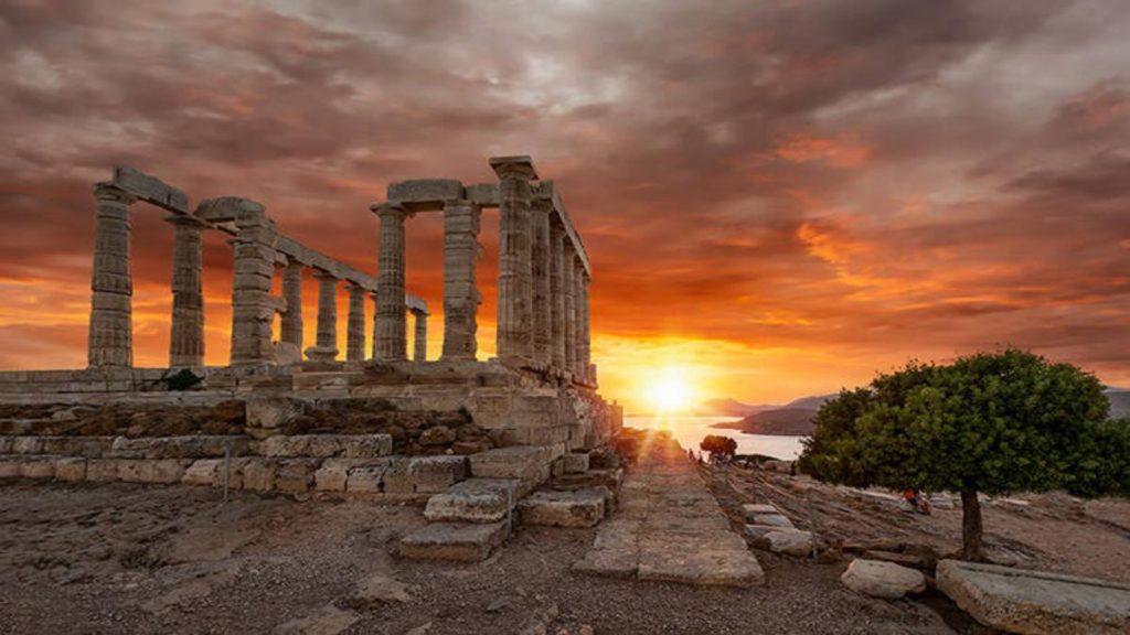 Σούνιο δημοφιλής προορισμός για ξένους στην Ελλάδα