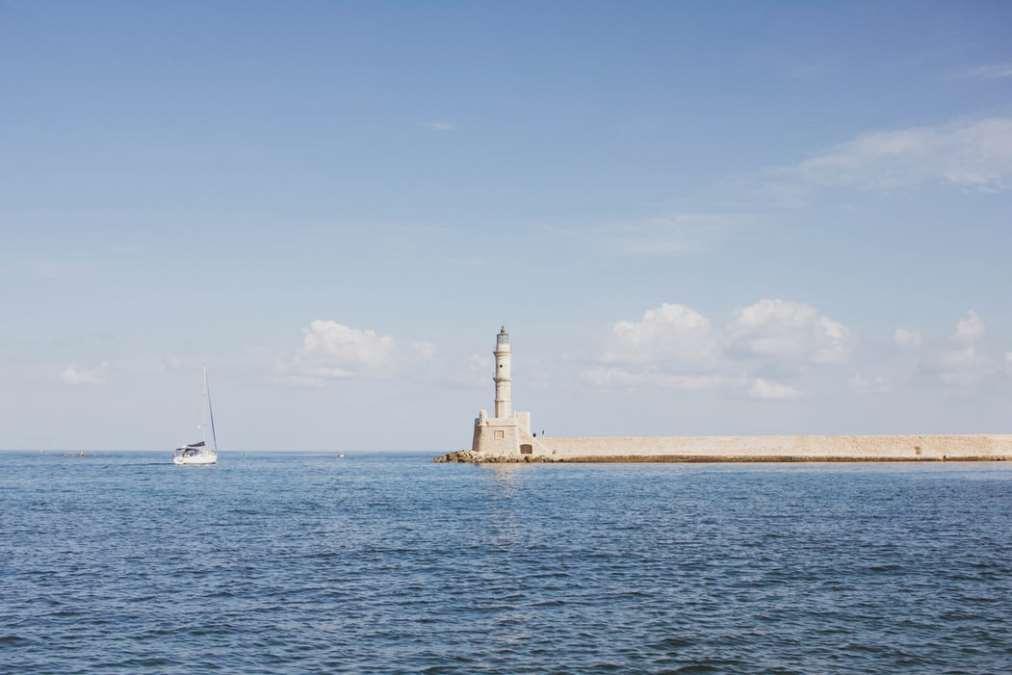 Θάλασσα Φάρος