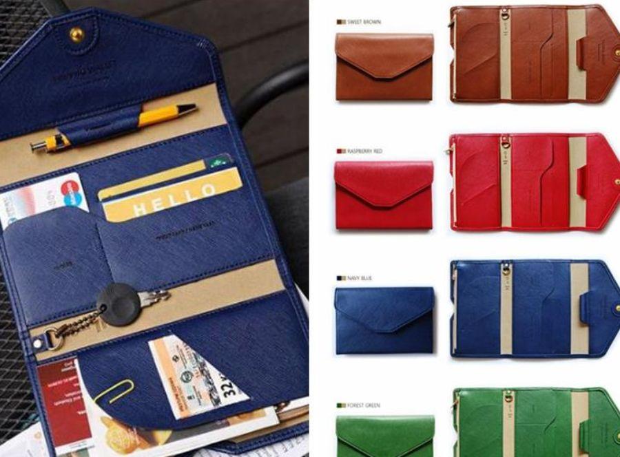 το ταξιδιωτικό πορτοφόλι βγαίνει σε διάφορα χρώματα
