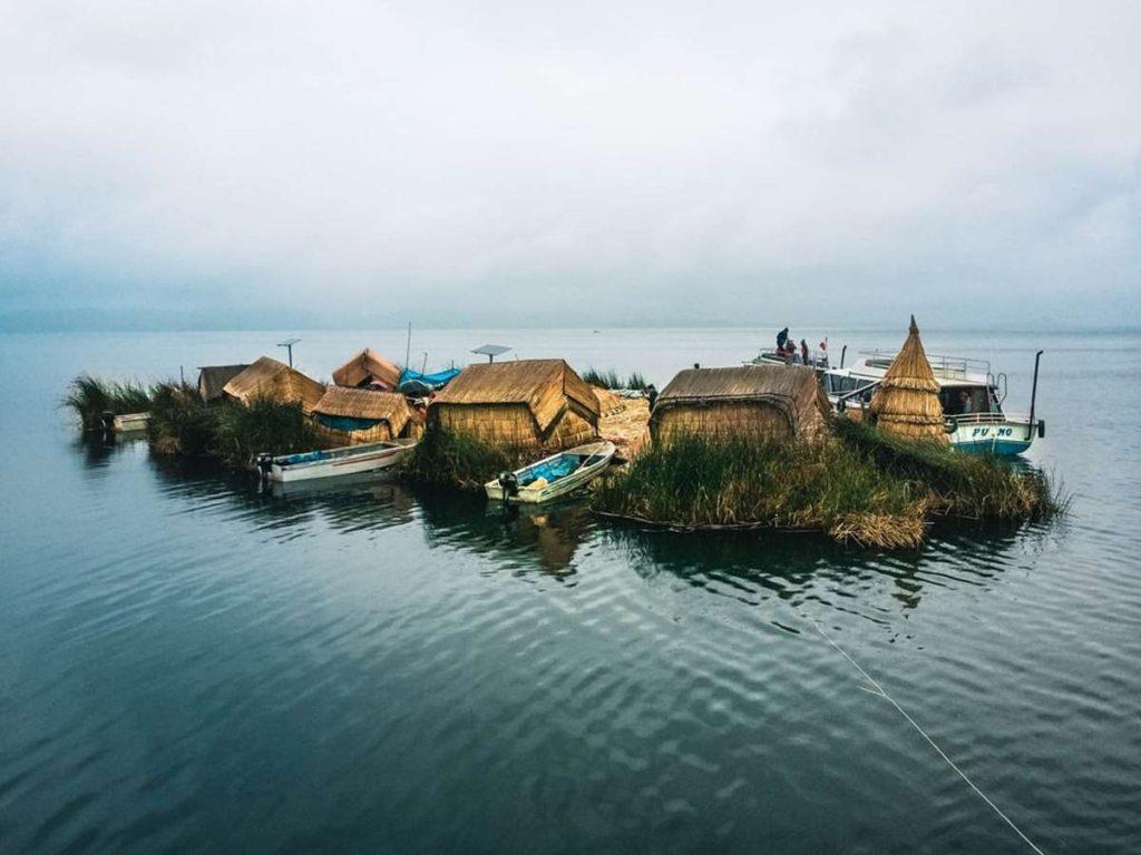 Νησιά Uros, Λίμνη Τιτικάκα, Νότιο Περού