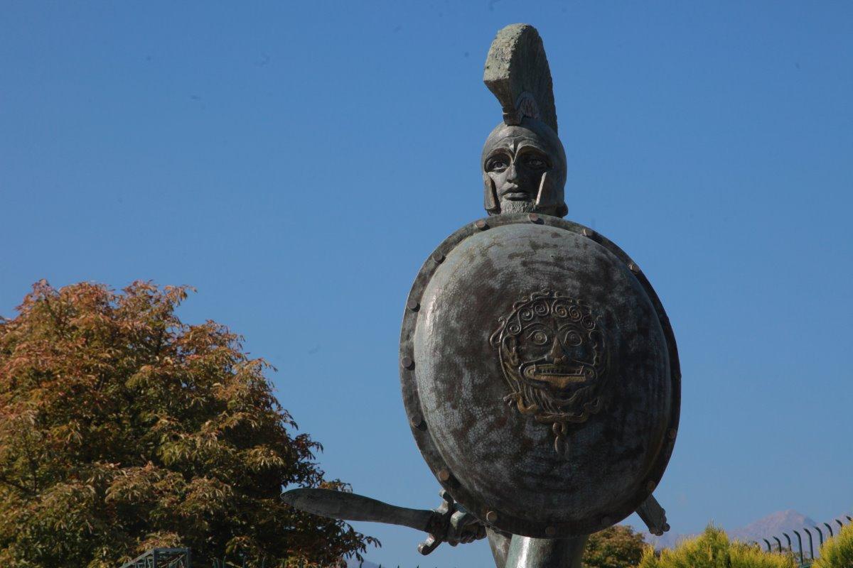 Άγαλμα Λεωνίδα
