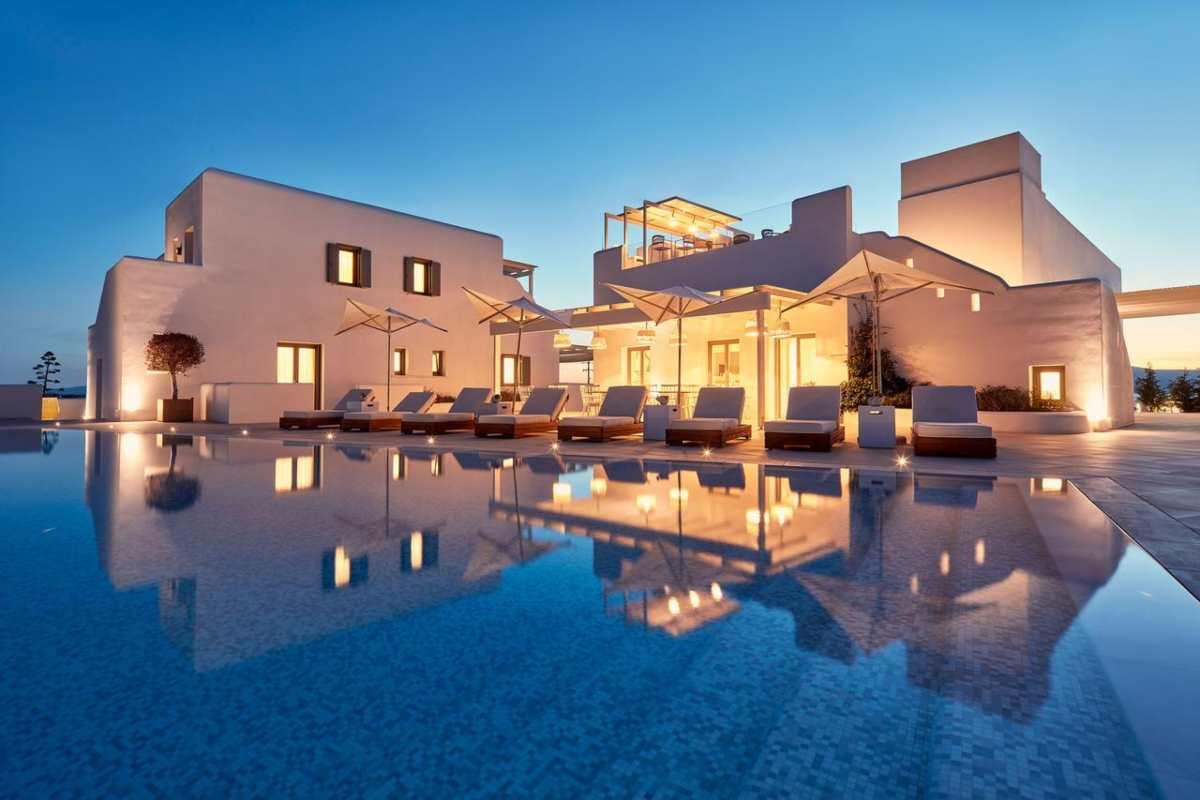 Νάξος: Ένα παραμυθένιο ξενοδοχείο με θέα που κόβει την ανάσα έχει τρελάνει την booking