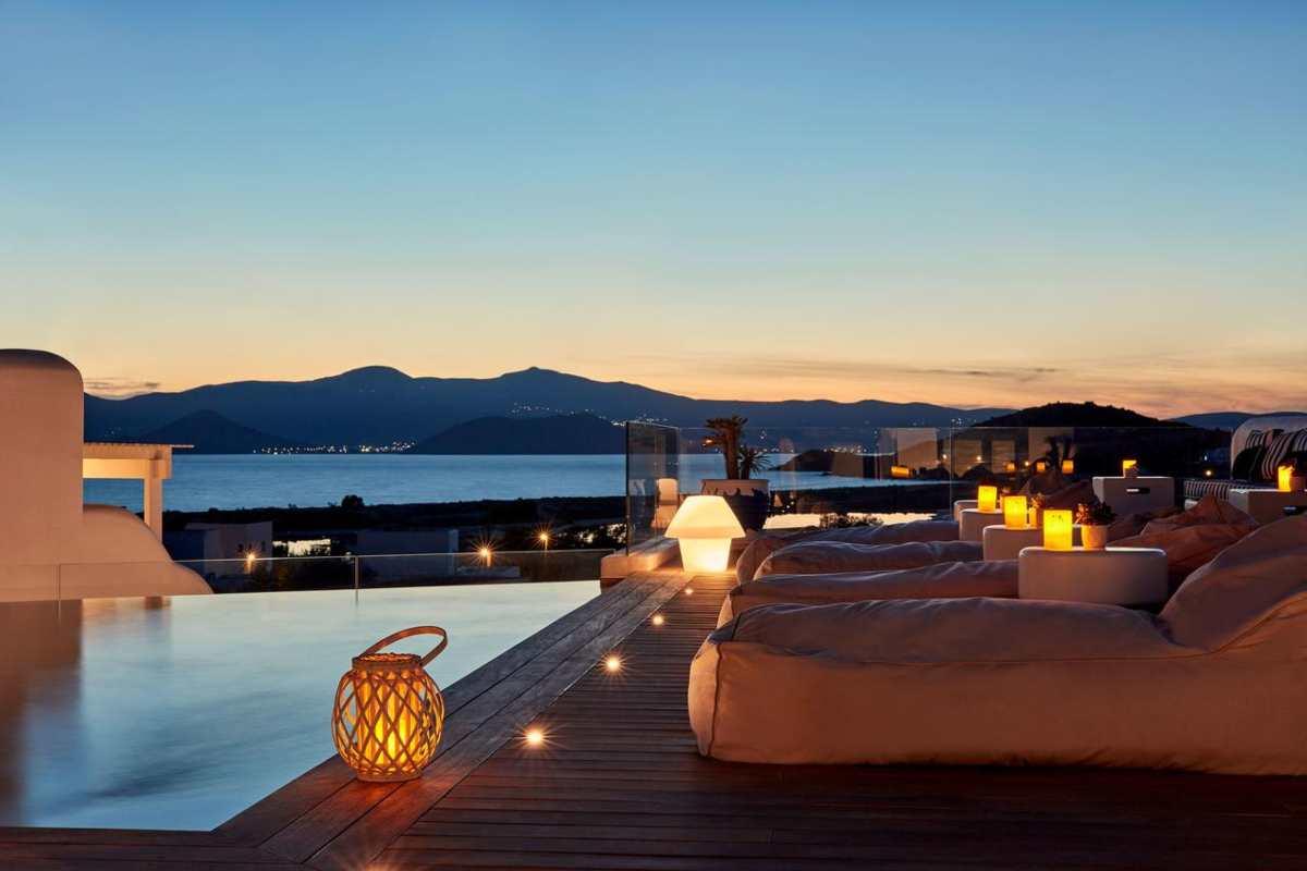 18 Grapes Hotel, εξωτερική πισίνα