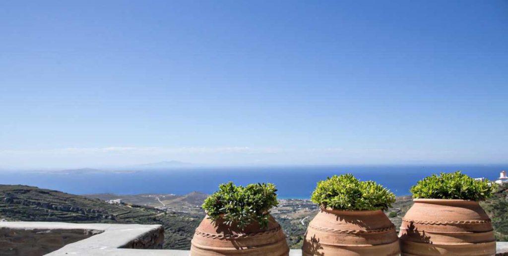 Aeolis Tinos Suites θέα θάλασσα