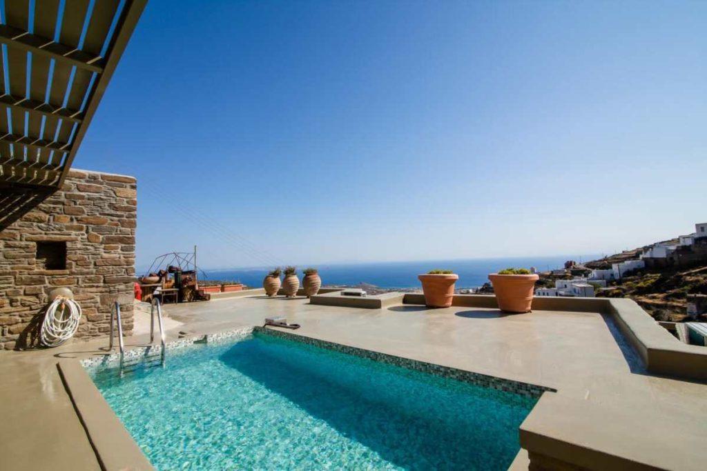 Aeolis Tinos Suites πισίνα