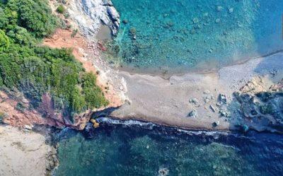 Εύβοια: 8 αιγαιοπελαγίτικες παραλίες που τα νερά τους είναι όνειρο!