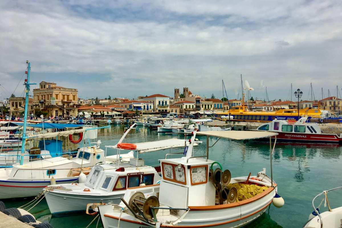 Αγίου Πνεύματος: Αθήνα, παραλίες, κοντινά νησιά, εκδρομές, προτάσεις από τον Τάσο Δούση