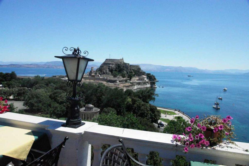 Cavalieri hotel θέα