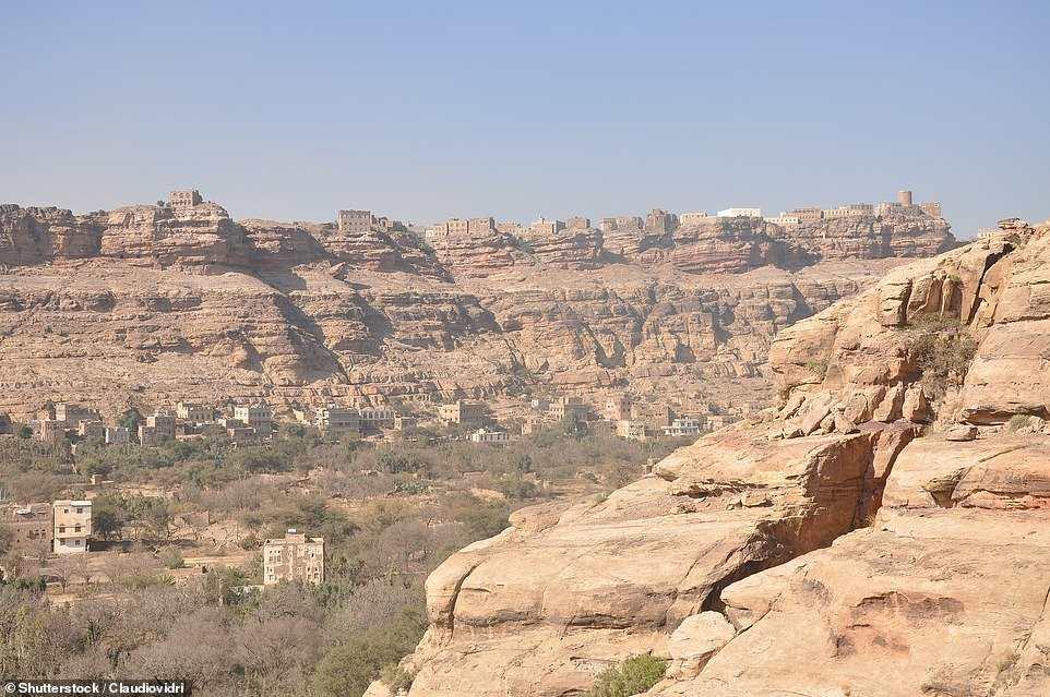 Dar al Hajar η θέα από ψηλά