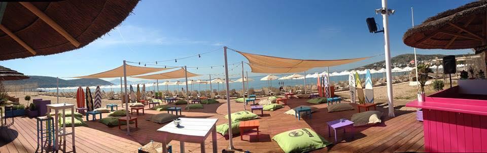 Holy Spirit Beach Bar  στη Βάρκιζα