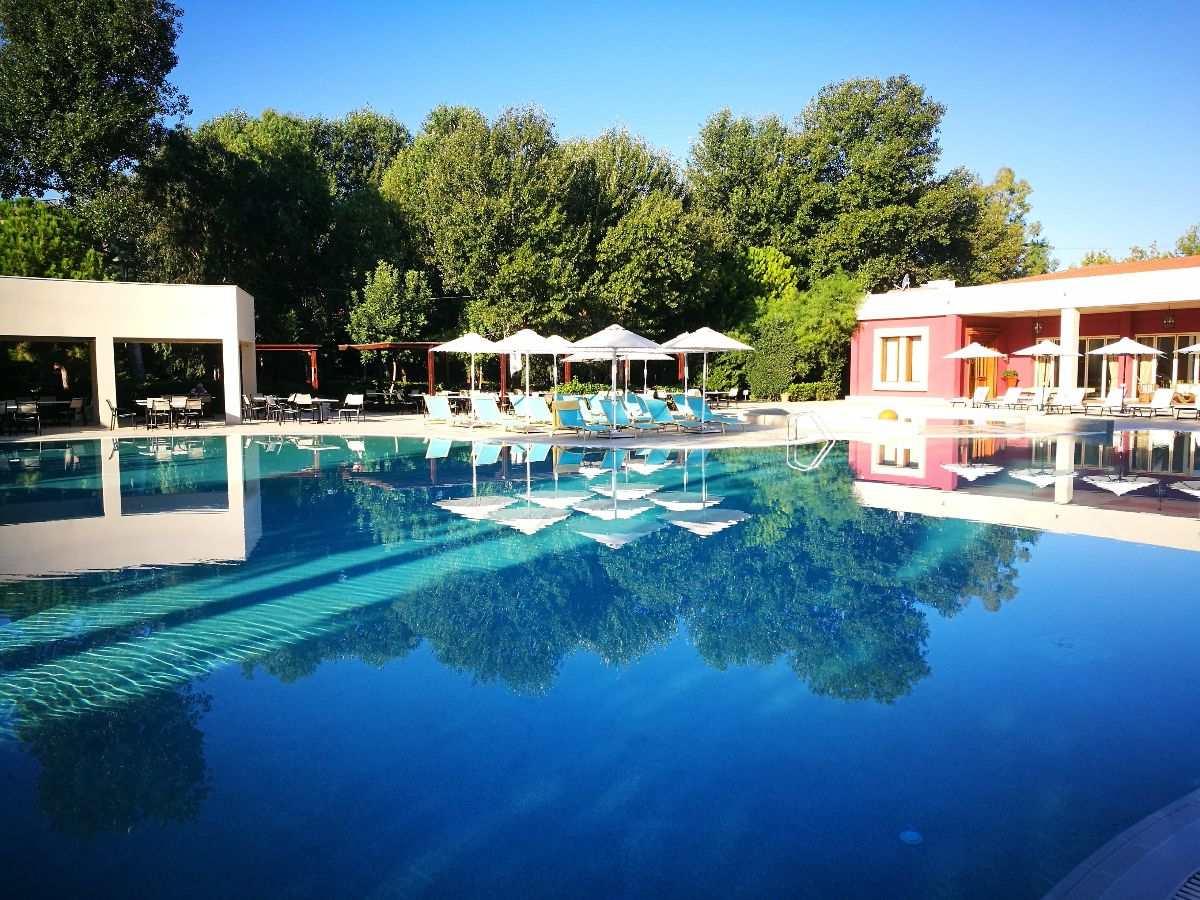 Alkyon Hotel: Απόδραση του Αγίου Πνεύματος στην Κορινθία