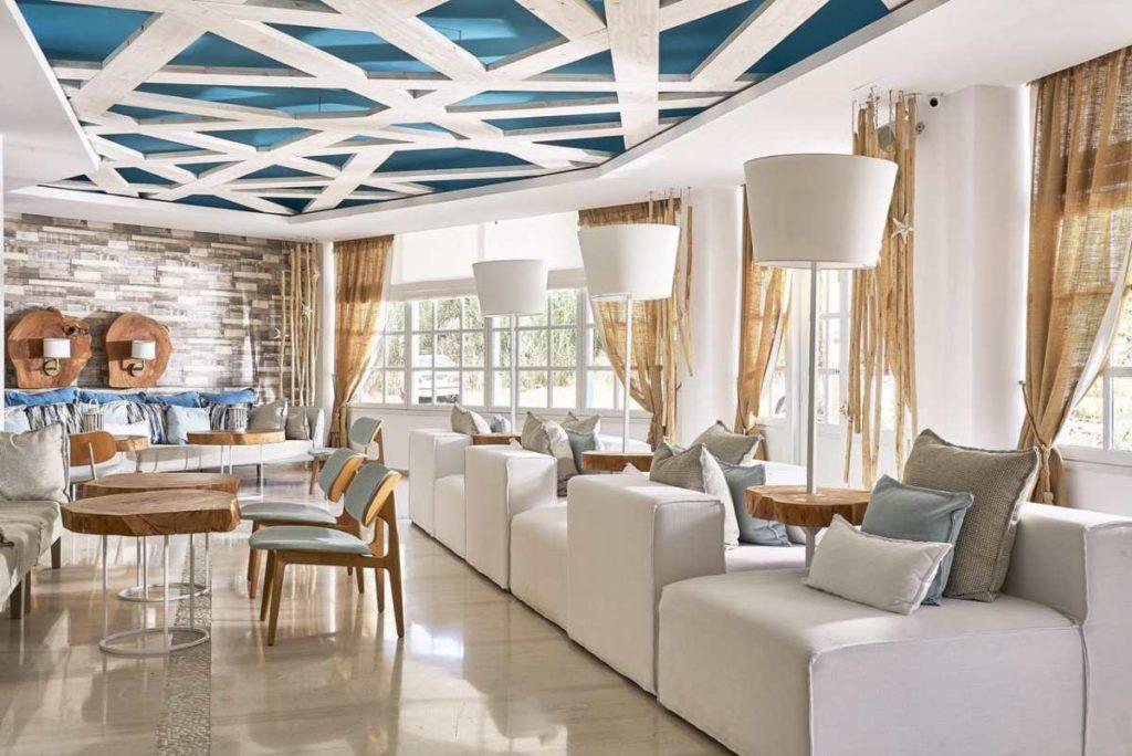 Kythnos Bay Hotel σαλόνι
