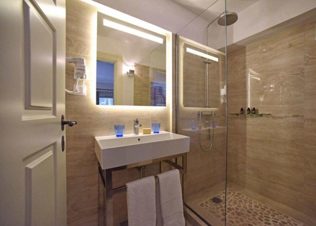 Liston Suites μπάνιο