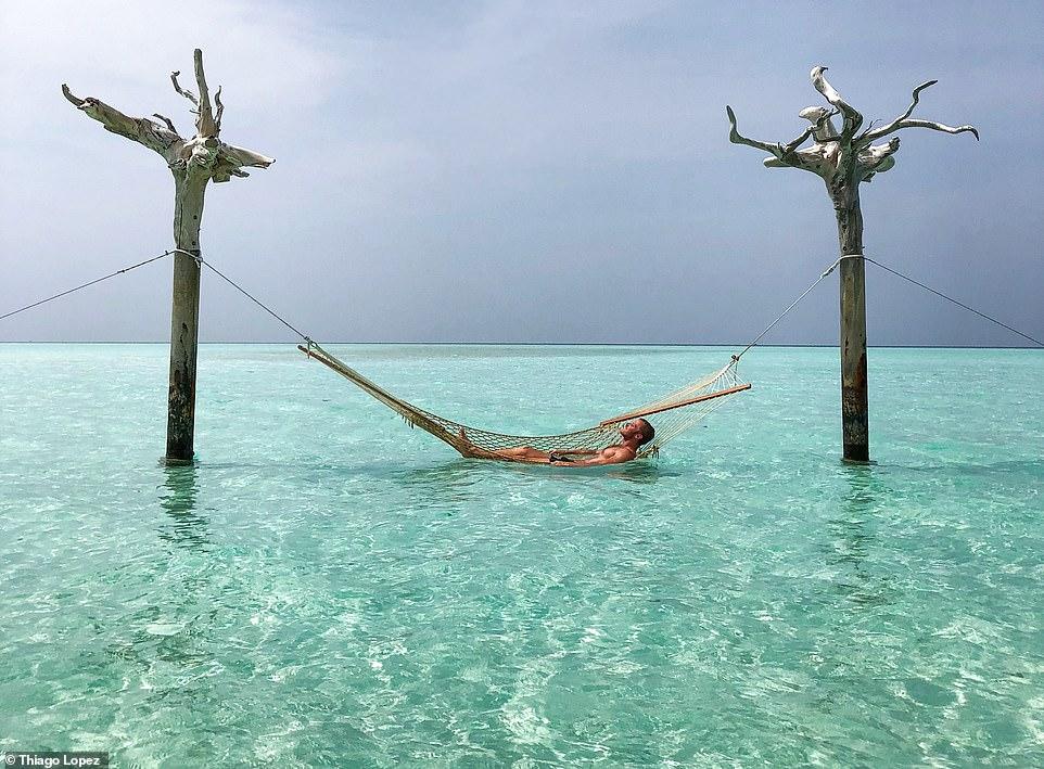 αιώρα μαλδίβες