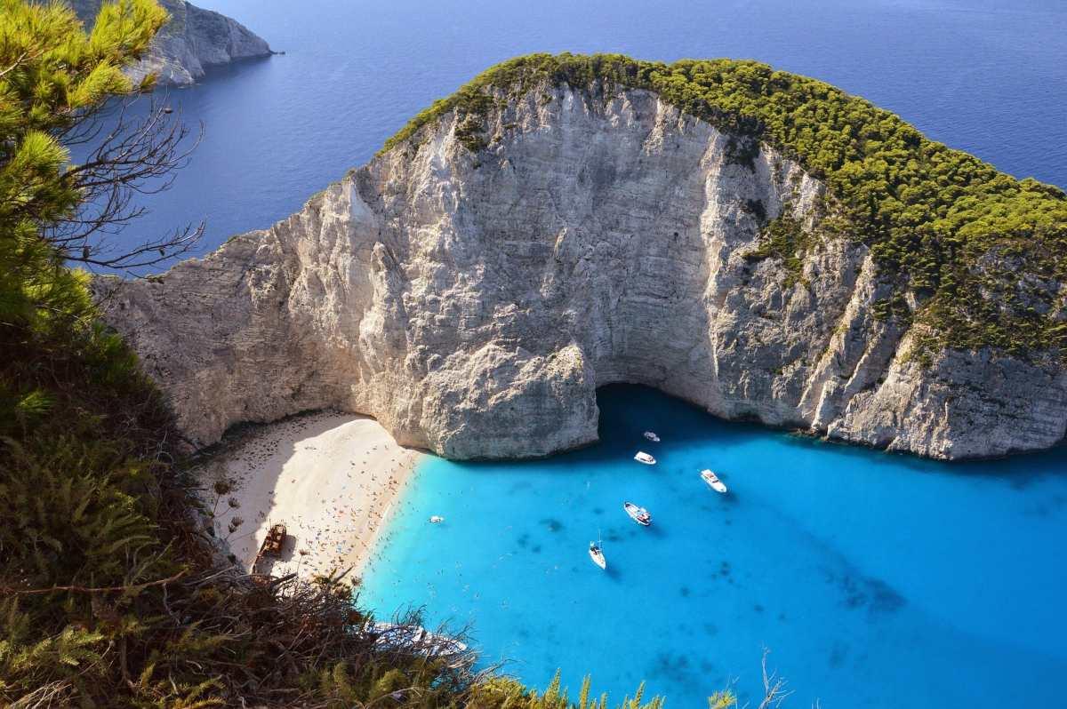 20 από τα ωραιότερα ελληνικά νησιά από τον Τάσο Δούση