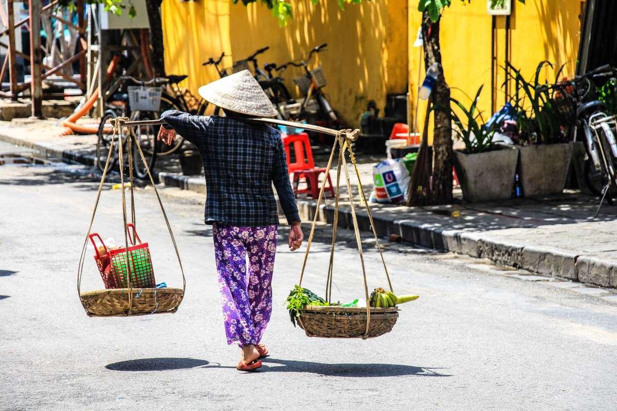 Η χώρα θαύμα είναι δίπλα στην Κίνα έχει 97 εκ. κατοίκους & κανένα θάνατο στην πανδημία. Μήπως πρέπει να ετοιμάσουμε βαλίτσες για το Βιετνάμ;