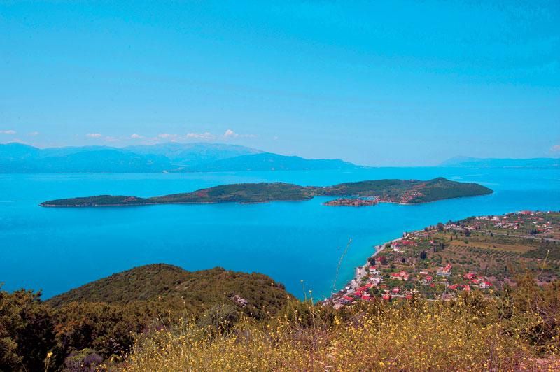 Τριζόνια: Το άγνωστο νησάκι του Κορινθιακού που τρέλανε και τον Ωνάση
