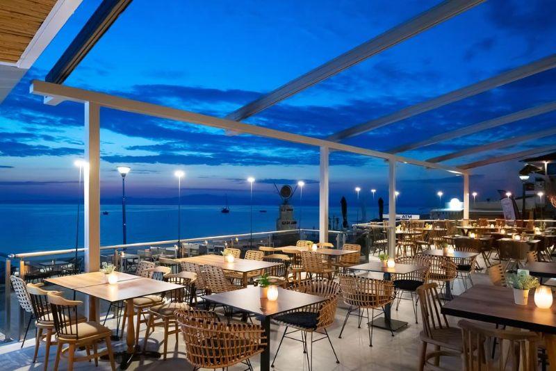 πρωινο μπαρ εστιατόριο sea level hotel
