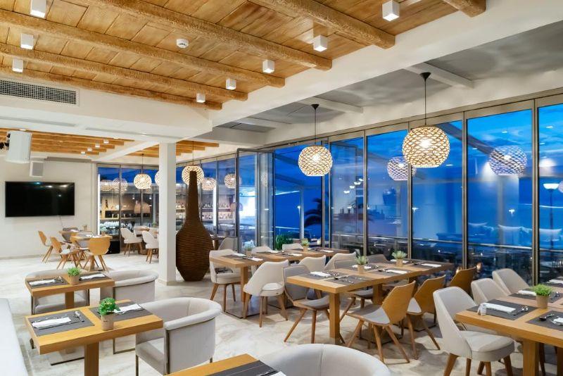 εστιατόριο sea level hotel