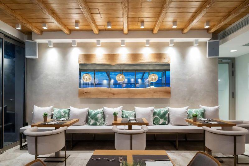 μπαρ εστιατόριο sea level hotel