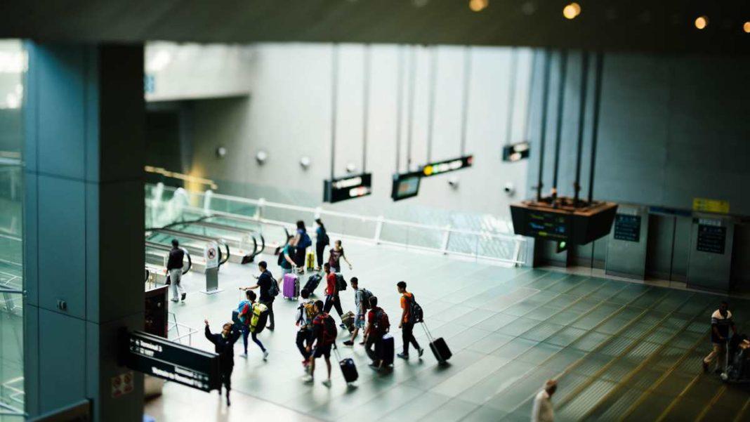 Αεροδρόμιο, ταξίδι