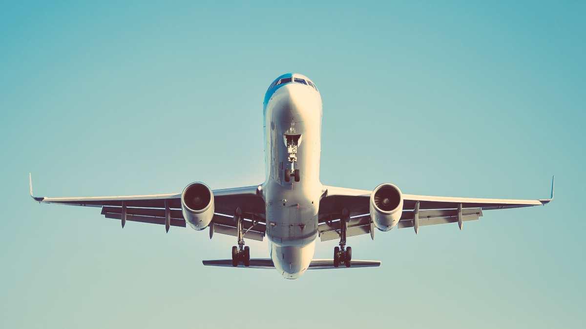 Η μεταφορά εμβολίων είναι η μεγαλύτερη πρόκληση της αεροπορικής βιομηχανίας