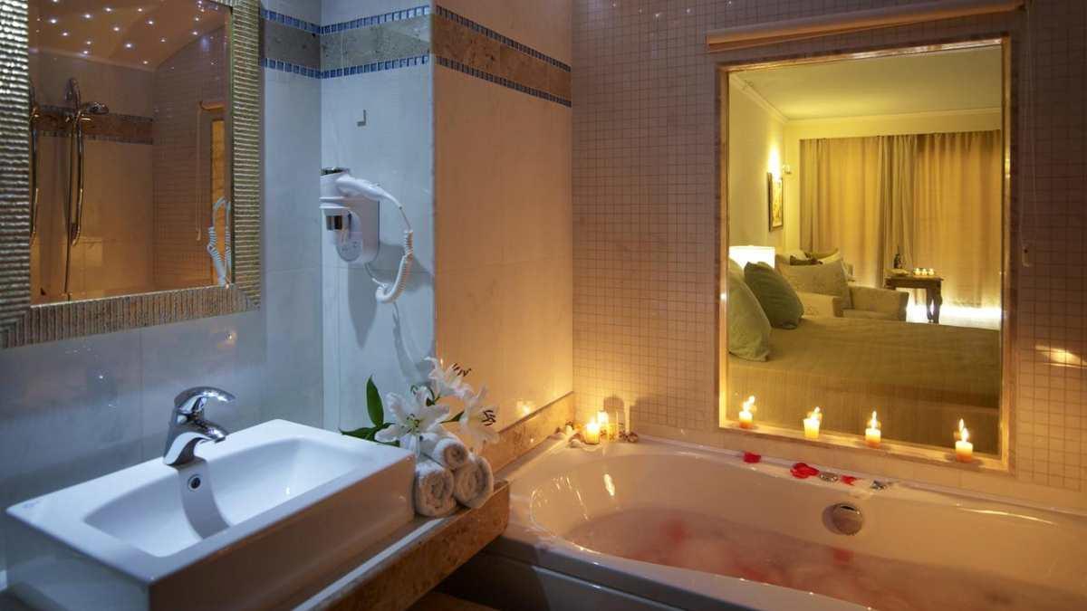 Atrium Prestige Thalasso Resort μπάνιο