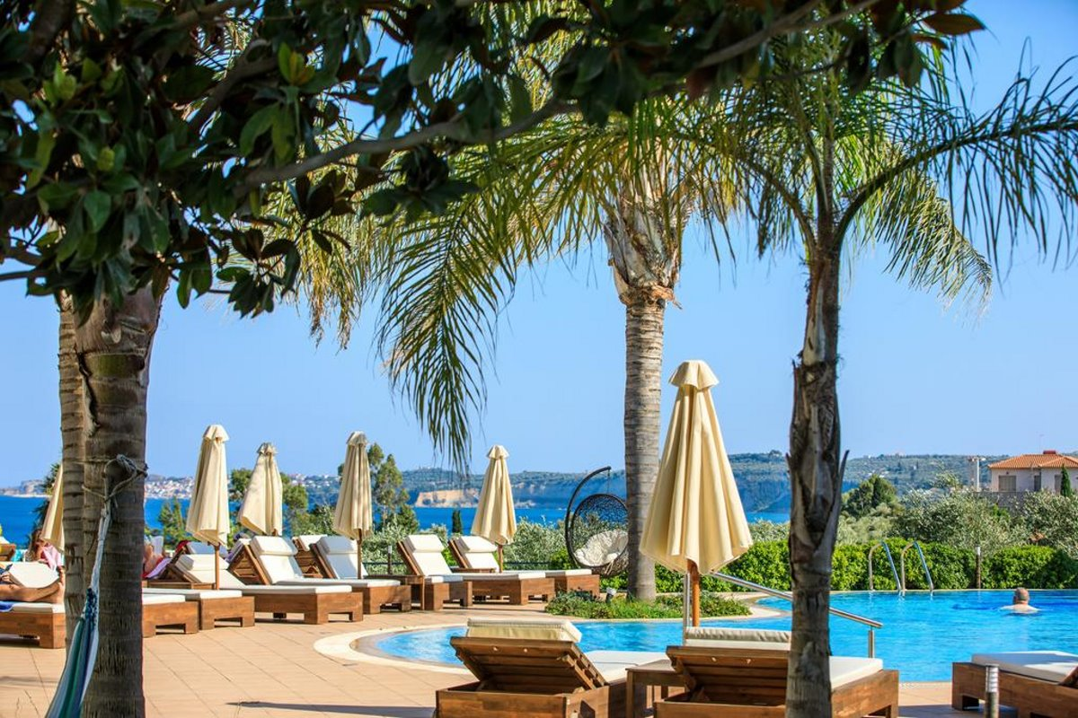 Colonides beach πισίνα