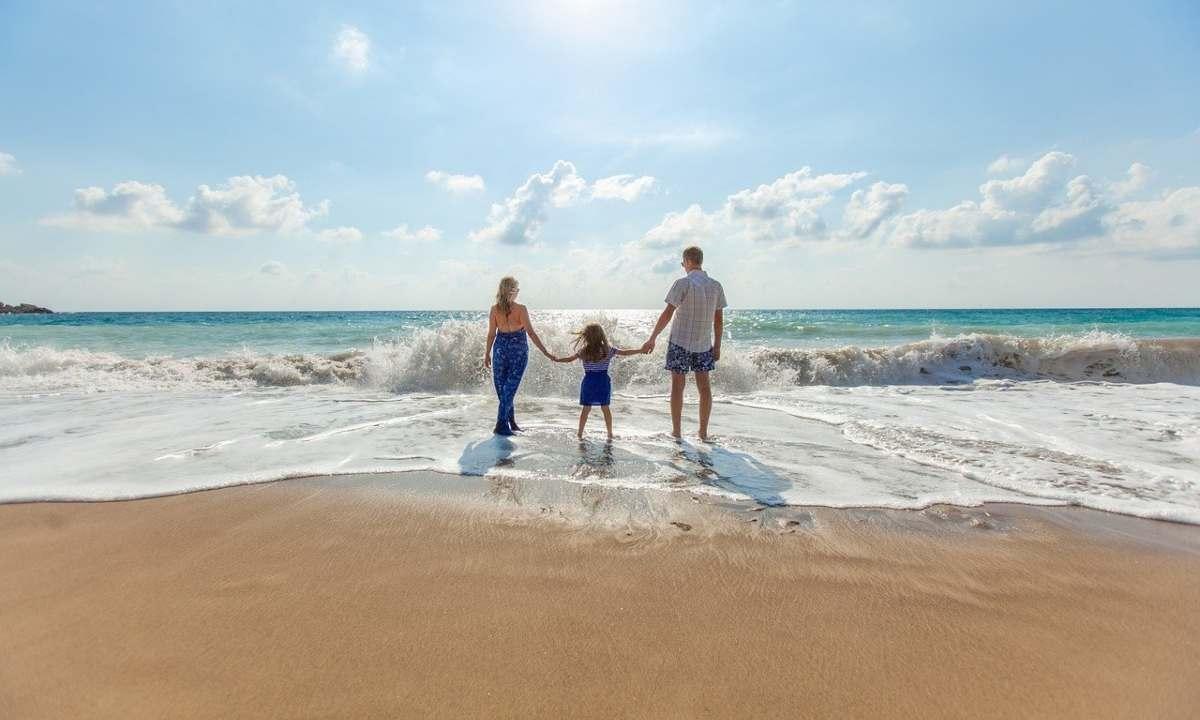Οικογένεια στη θάλασσα