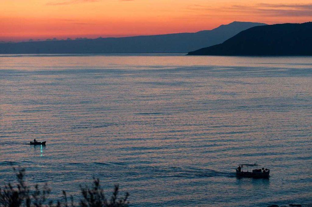 Ηλιοβασίλεμα από το Diapori Suites Hotel