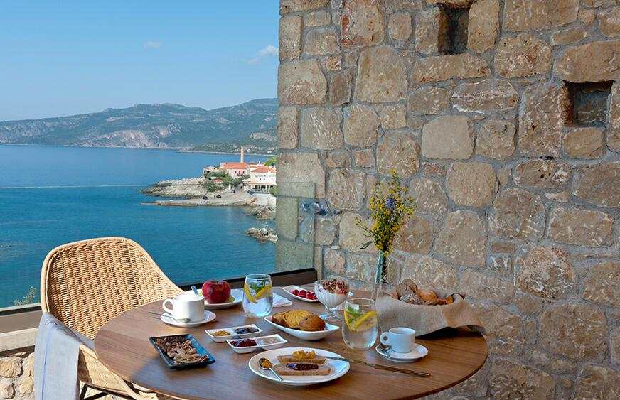 Diapori Suites Hotel πρωινό