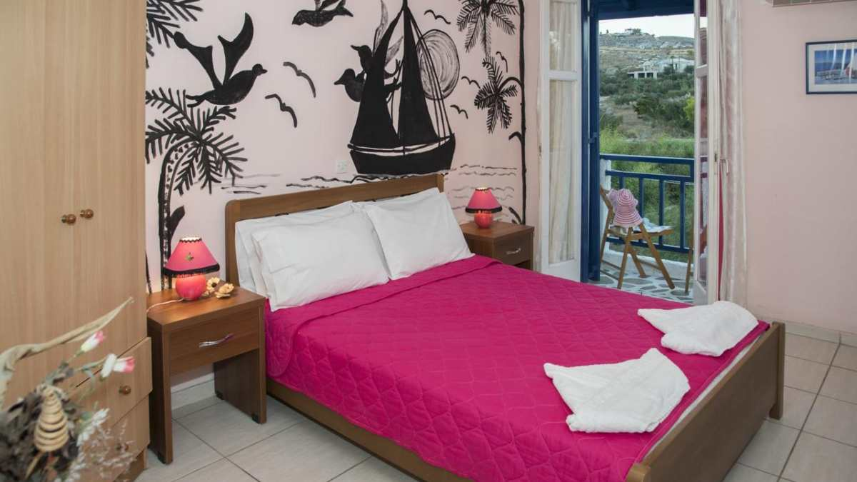 Δωμάτια Μαίρη, κρεβάτι