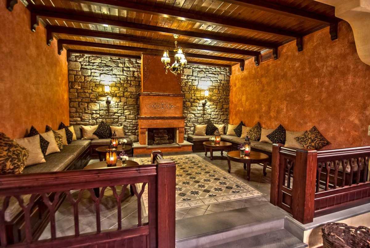 Hotel Doupiani House τζάκι